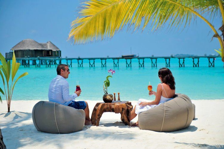 Maldives! starting to really love this place, the more I research the more I wanna go there!!!!!