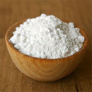 Utilidades do bicarbonato de sódio: Remoção de odores de geladeira, limpeza de garrafa térmica,  manchas no inox, limpar escovas de cabelo, mancha de ferrugem de tecidos.