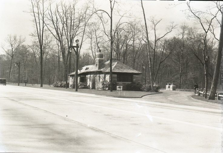 Gas station along the southern state pkwy 1920 39 s my - Garden state parkway gas stations ...