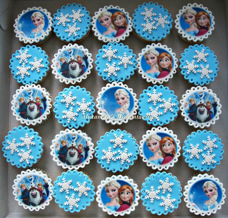 Frozen cupcakes als traktatie voor een meisje gemaakt die dol is op Frozen.