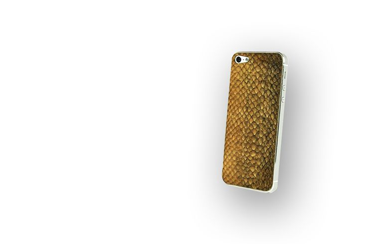 Salmon skin to your iPhone. By lastucase.com