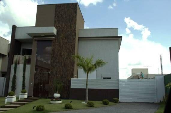 Casas modernas com pedras ferro