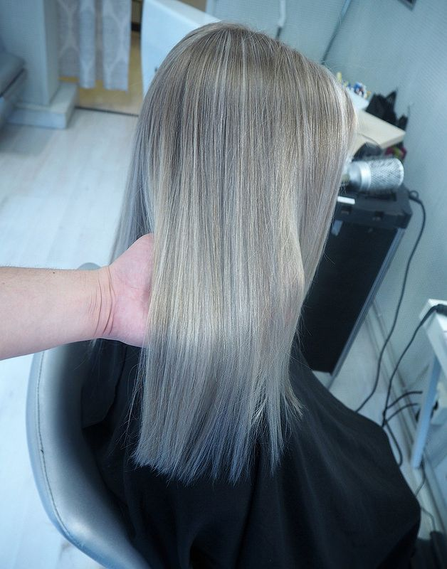 blondehighlights. Perfect blonde summer hair.