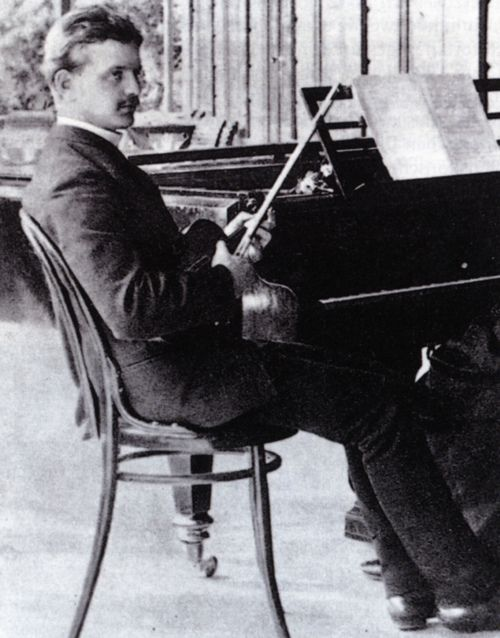 Jean Sibelius in his 20s