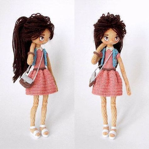 Muñeca con bolso amigurumi