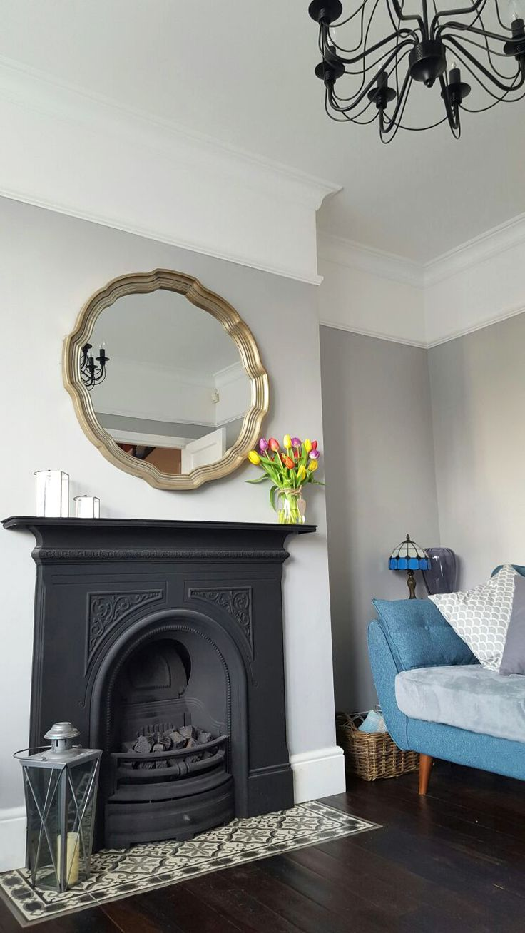 Kirkham round wall mirror featured above this Victorian style fireplace. Gorgeous example of traditional mixed with contemporary style. £126.97 Shop > http://www.exclusivemirrors.co.uk/gold-mirrors/kirkham-round-wall-mirror-86cm?cPath=4&