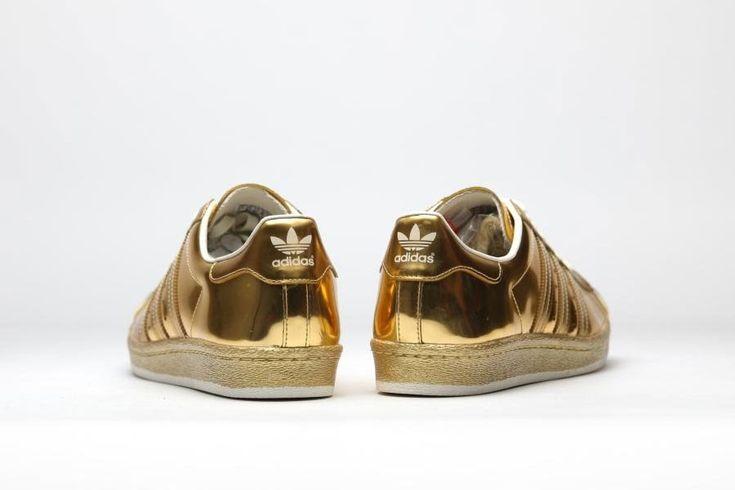 Adidas Originals lança versão dourada do tênis Superstars 80s  (Foto…