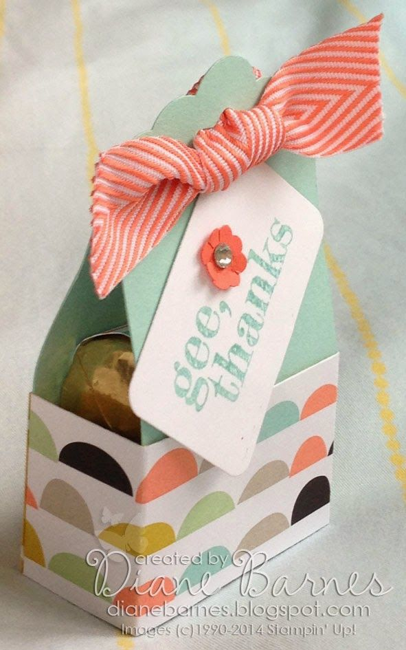 2014  Scallop Tag Topper punch treat box with instructions pdf by Di Barnes #stampinupau #stampinup #colourmehappy