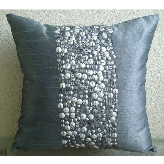25 beste idee n over Couch pillow covers op Pinterest