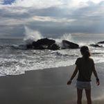 [En] To contemplate the power of the waves of the ocean. [Fr] À contempler la puissance des vagues de l'océan._______________ ➡️Mon blog voyage: ✨✨www.decouvertemonde.com✨✨ _______________➡ Las Penitas ➡ Nicaragua