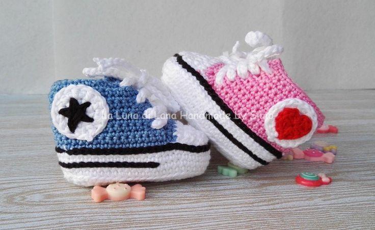 Scarpine uncinetto per neonato  Converse all star  , by La Luna di Lana - Handmade by Simo, 16,00 € su misshobby.com