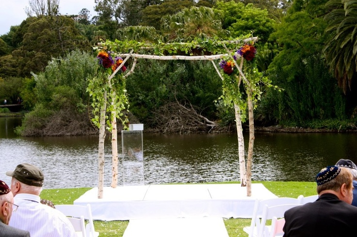 Weddings by Decor It Events. Ceremony flowers of trailing ivy and orchids on birch chuppah  #wedding #decoration #melbourne #weddingceremony #vintageweddingdecorations #weddingarch #weddingbackdrop #weddingceremonystyling www.decorit.com.au (10)