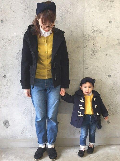 ダッフルコート×イエローカーディガン×デニム♡ 親子コーデ♡ ハゲちゃん 白シャツ&ダッフルコート▷