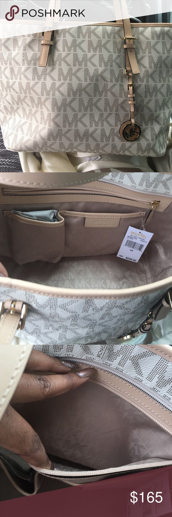 Michael Kors Jet Set Travel Tote Purse is in excellent condition tag still attached! MICHAEL Michael Kors Bags