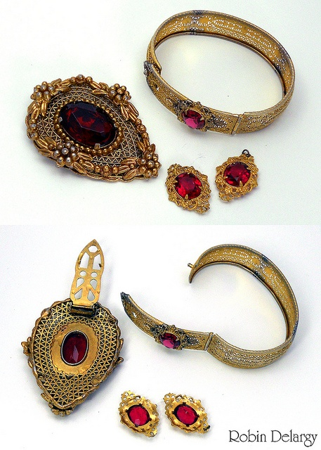 Unmarked Vintage Jewelry 'Set'  Robin Delargy / LooLoo's Box, via Flickr   In this case the little bracelet sections would be great for repurposing into earrings.: Looloo S Box, Bracelet Sections, Photo