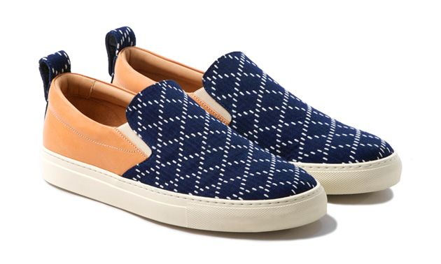"""Greats has teamedup with Japanese retail specialist United Arrows & Sons for an exclusive collaboration.Essentially, the partnership seeGREATS' Woosterslip-on silhouette remixed using one of United Arrows' archival sashiko fabrics. Sashiko, translated as """"little stabs,"""" is a form of decorative stitching that's traditionally used to reinforce or repair points of wear. Starting things off, the upper …"""