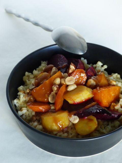 Légumes rôtis à l'orange et fregola, sauce noisette