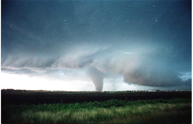 The 1987 tornado, looking south at 92nd Avenue and 48th Street in Edmonton. Photo by Steve Simon, Edmonton Journal.
