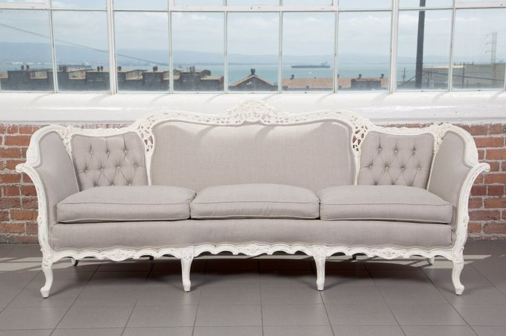 The Oriole | Victorian Sofa | Pieces by Violet - Vintage Rentals