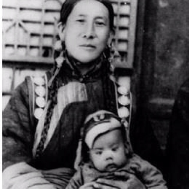HH The Dalai Lama with his mother