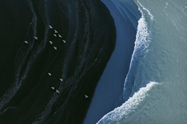 Iceland - Zack Seckler | LESS IS ART | lessisart.altervista.org