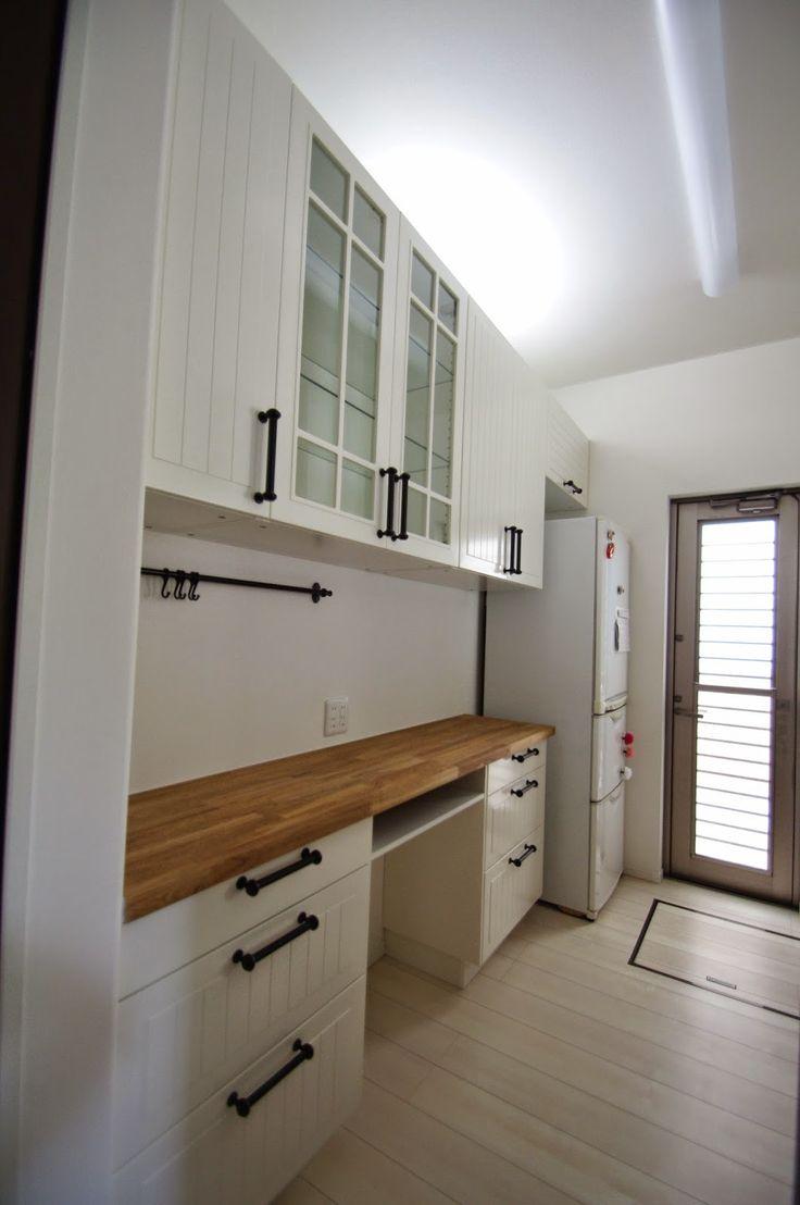 IKEAカップボード】コレだけ知ってれば完璧。IKEA食器棚・キッチン ... 出典1.bp.blogspot.com