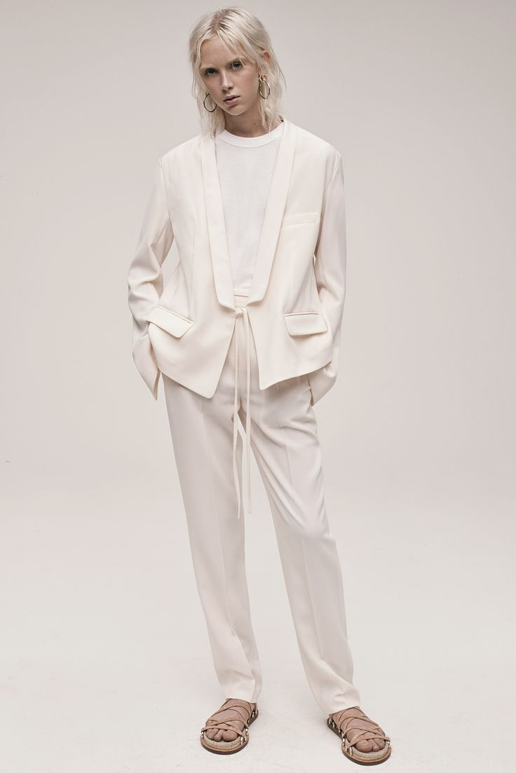http://www.vogue.com/fashion-shows/resort-2017/t-by-alexander-wang/slideshow/collection