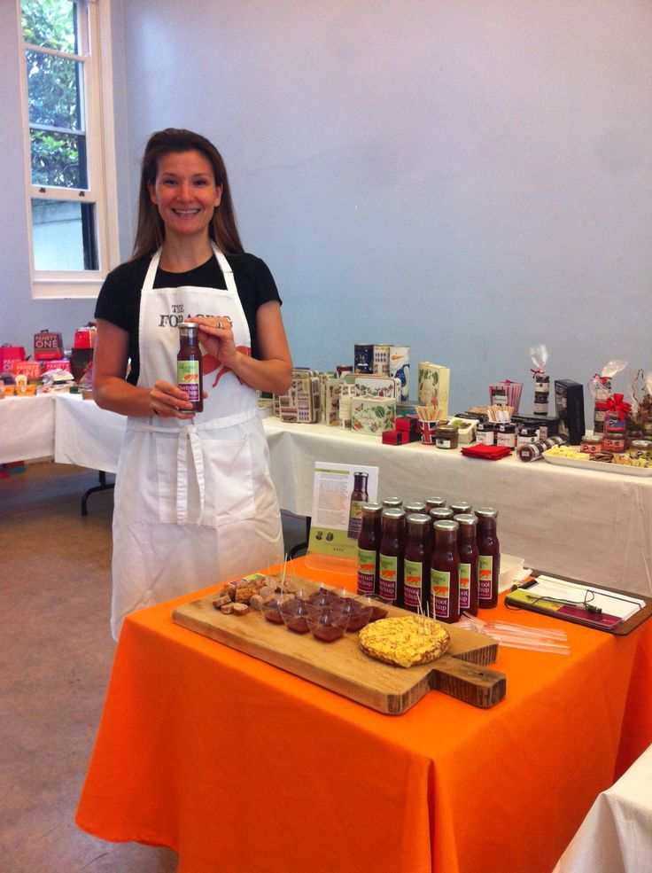 Desiree sampling The Foraging Fox Beetroot Ketchup at Cotswold Fayre Roadshow