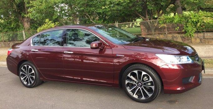 2015 Honda Accord Sport Hybrid Review http://behindthewheel.com.au/2015-honda-accord-sport-hybrid-review/