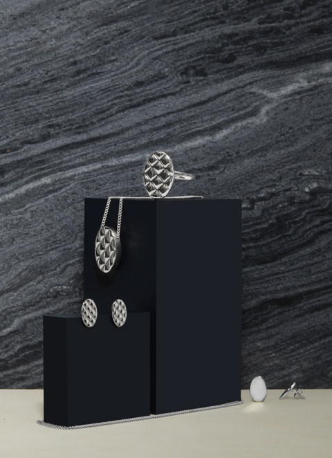 Quilt Silver Collection - Photo by Lisa Klappe for byAMT Label