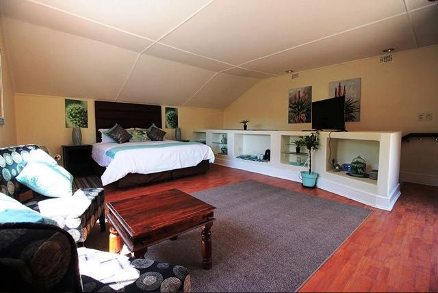 House on Morninghill, luxury guest house accommodation just 10 minutes away from OR Tambo International Airport, Johannesburg