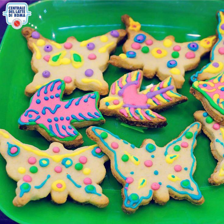 #Biscotti colorati in tema primaverile