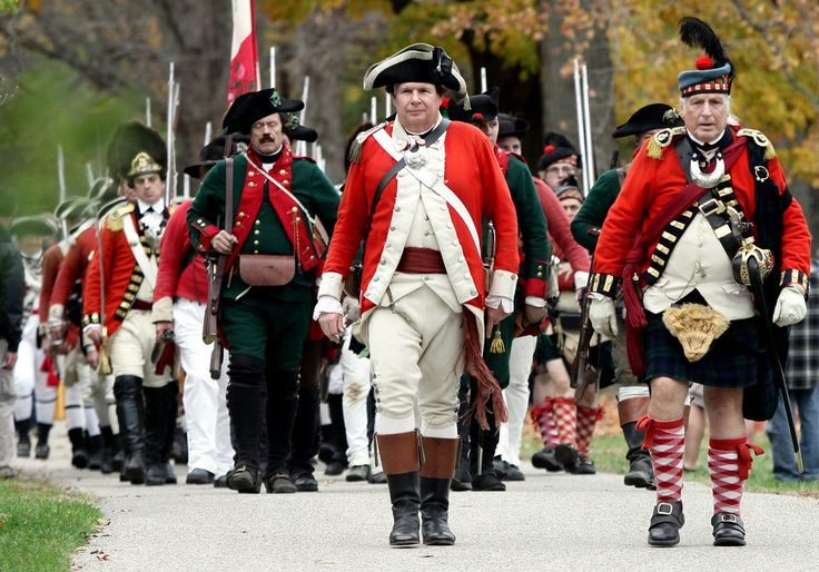 . British troop march to the battlefield at the Hope Lodge Colonial Encampment Nov. 7, 2015. / Bob Raines--Montgomery Media
