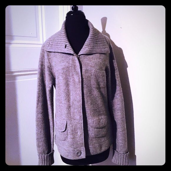 1 Day Sale Saks Fifth Avenue Wool Cardigan Saks Fifth Avenue Grey 100% Wool Heavy Sweater Cardigan. Retailed $595! Such a great deal! In great used condition no flaws, hardly used. Front pockets, snaps closed. Very stylish and comfortable! A true grey. Size medium. I'm selling this to the first reasonable offer I receive! Feel free to make one and it's yours! Everything must go! If you bundle with anything else you'll get an extra 30% off! Huge End of the Year Sale! Saks Fifth Avenue…