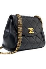 Un Classico…Bella, bellissima questa borsa Vintage di Chanel :-)