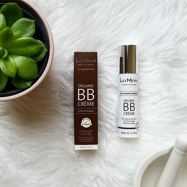#lamavorganic BB Cream is a perfect base to  use to achieve that light but high coverage gorgeous look. I use this as a base for my foundation.  Shop at:  http://ift.tt/2auDUlm  #greenbeautyblogger #greenbeauty #organicproducts #naturalproducts #organic #naturalmakeup #organicmakeup #organicskincare #organicbeauty #nontoxicbeauty #naturallook #organicskincare #naturalskincare #bbloggersau #bbloggerau #aussieblogger #avanaaustralia #pin #smallbusiness #australian #crueltyfree…