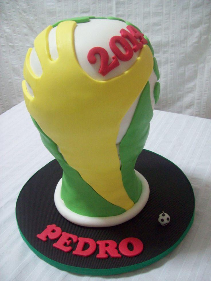 Logo mundial 2014 - pastel de chocolate y vainilla relleno de dulce de leche...