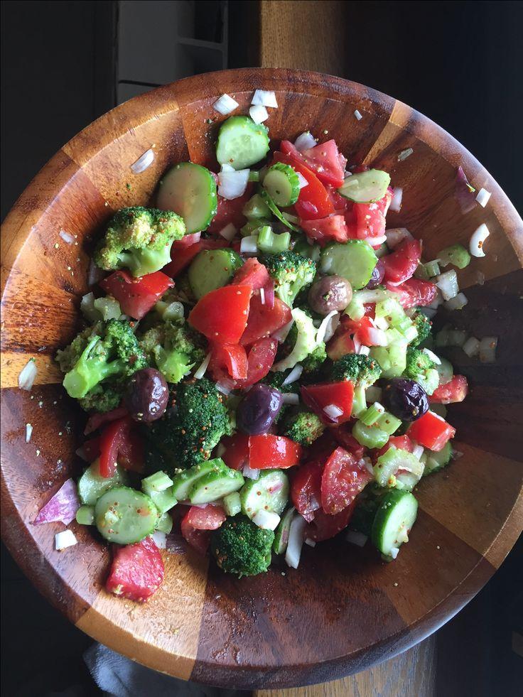 Salata cu Broccoli si Dressing de Mustar