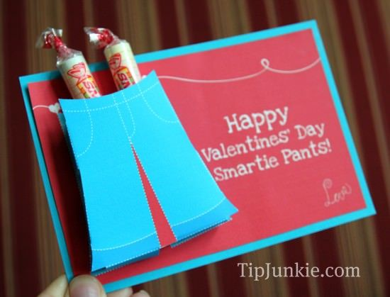 REE printable Valentine Valentines that makes such cute kids valentines perfect for their school class, preschool class, or just for fun! Print out this home made Valentine and pop in a few Smarties candies for unique, fun and yummy Valentines candy card! {squeal} Valentine Valentines Print Free File: Smartie Pants Valentine from Tip Junkie  Free Printable Valentine ~ Two Versions Version 1 ~ Easy: Since the pants are already printed onto the card, you can simply cut out the first page…
