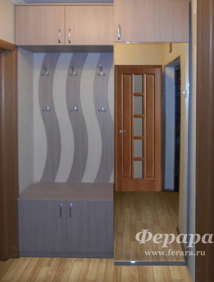 Открытая прихожая и распашной шкаф