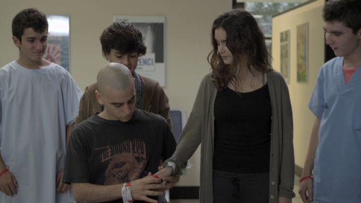 Ignasi :'( Roc, Cristina, Toni y Lleó. Momento de la segunda temporada que Lleó le devuelve la pulsera roja a Cristina!!!