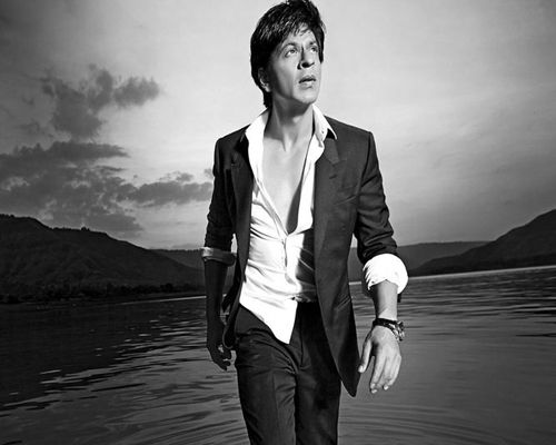 Shahrukh khan upcoming new Happy New Year (2014) Film trailers, release dates, starcast, poster.. :P http://velladi.org/shahrukh-khan-upcoming-movies-2015-list-happy-new-year-2014-film/
