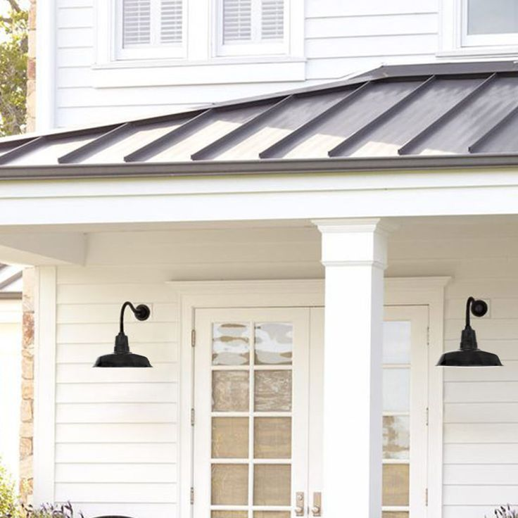 Step Inside This Personality Packed Home In Hampshire: 1000+ Ideas About Exterior Siding Colors On Pinterest