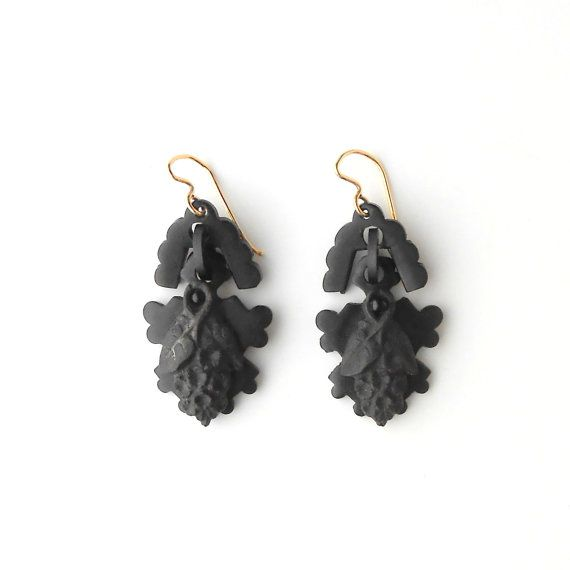 Antique Victorian Earrings. Mourning Jewelry. Gutta by TheDeeps
