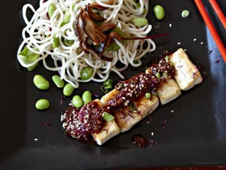 Tofu seasoned with sesame and chili with noodles