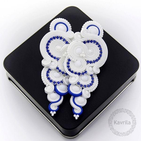Deniro cobalt soutache - kolczyki ślubne sutasz KAVRILA #sutasz #kolczyki #ślubne #rękodzieło #soutache #handmade #earrings #wedding #white #kavrila