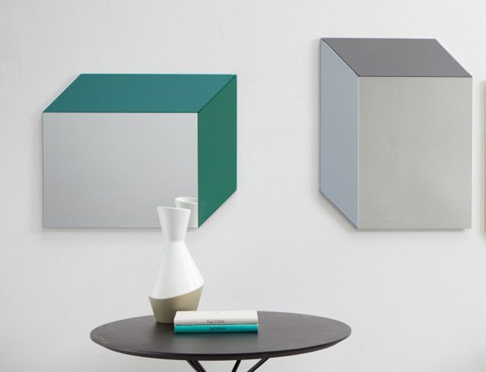 Magic-Mirror-by-Gregor-Korolewicz