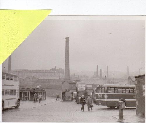 VINTAGE PHOTO - BURNLEY CATTLE MARKET BUS STATION - CHIMNEYS - 1958   eBay