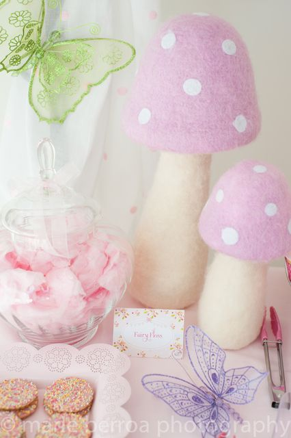 """Oh Dear! Kids lolly table. Printables by twinkle twinkle little party  Photo 1 of 25: fariy princess / Birthday """"Fairy flutterby princess party"""" 