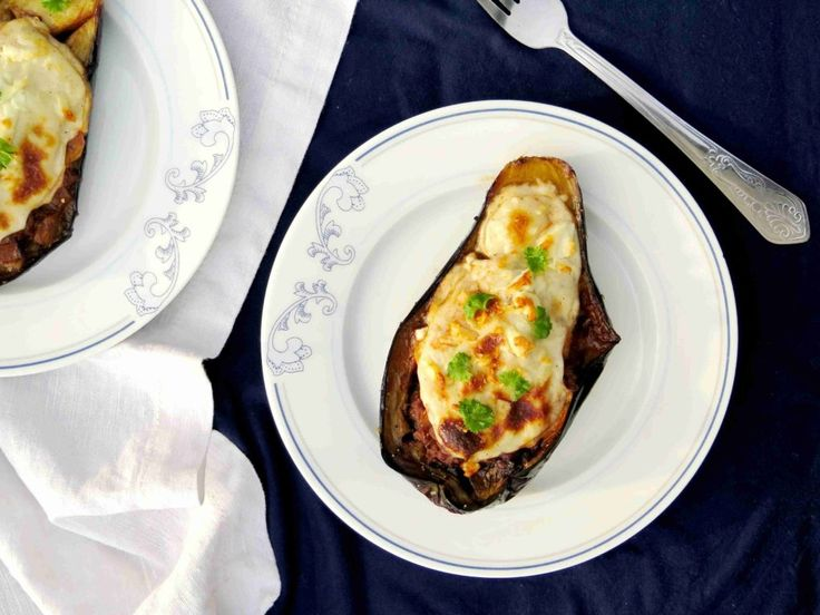 MELITZANES PAPOUTSAKIA: Řecké lilek plněný mletým masem // Ochutnejte svět - blog mezinárodní kuchyně
